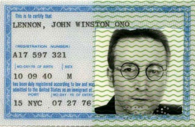 Vintage_passports_01a